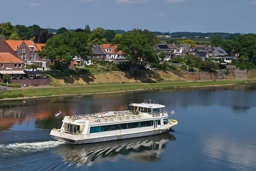 Rivier de Maas omgeving Kessel